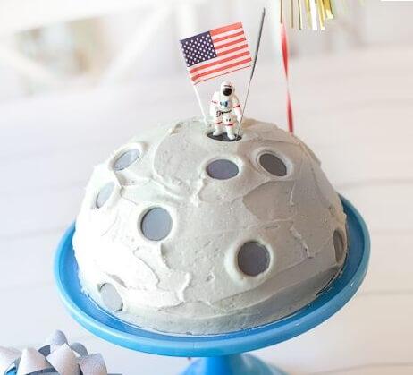 moonman cake